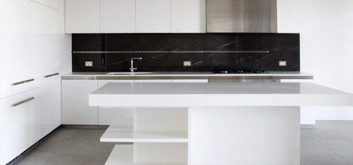 how to commercial clean bench tops
